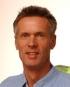Portrait Dr. med. Reinhard Titel, Plastische Chirurgie Wiesbaden, Medical Point Welfenhof, Wiesbaden, Facharzt für Plastische und Ästhetische Chirurgie, Chirurg (Facharzt für Chirurgie)