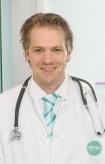 Portrait Dr. med. Gerrit Reppenhagen, Privatpraxis im Ruhrgebiet Dr. med. Gerrit M. Reppenhagen, Ruhr-OP, Mülheim an der Ruhr, Facharzt für Plastische und Ästhetische Chirurgie, Chirurg (Facharzt für Chirurgie)