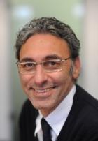 Portrait Dr. [Univ.Aleppo] Nizar Yassine, Praxis für Ästhetisch - Plastische Chirurgie - Handchirurgie , Augsburg , Facharzt für Plastische und Ästhetische Chirurgie, Chirurg (Facharzt für Chirurgie)