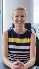 Portrait Dr. med. habil. Marta Markowicz, Privatpraxis für plastische und ästhetische Chirurgie, MM-Aesthetic, Düsseldorf, Fachärztin für Plastische und Ästhetische Chirurgie