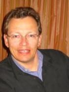 Portrait Dr. med. Gerhard M. Strasser, DanuMed Klinik Dr. Strasser GmbH, Klinik für Ästhetische Medzin, Deggendorf, HNO-Arzt, Facharzt für HNO (Hals, Nase, Ohren)