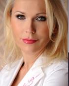 Portrait Dr. med. Darinka Keil, Private Hautarzt & Laserpraxis Dr. Keil, Ästhetisch-Plastische Chirurgie, Bad Dürkheim, Hautärztin (Fachärztin für Dermatologie),Fettabsaugung, Lidstraffungen, Laser-Enthaarung, Laser Besenreiser und Krampfadern, Tattooentfernung mit Laser, Botox, Hyaluron und Eigenfett Unterspritzung, Fraxel Laser, Fett Weg Spritze, Faden Lifting; Bullhorn Lift