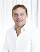 Portrait Dr.med. Bernd Loos, Klinik am Stadtgarten, Karlsruhe, Facharzt für Plastische und Ästhetische Chirurgie