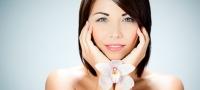 Faltenbehandlung: 5 Anti-Aging-Methoden gegen Falten