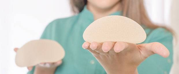 Keine Entschädigung für Frauen mit PIP-Brustimplantaten
