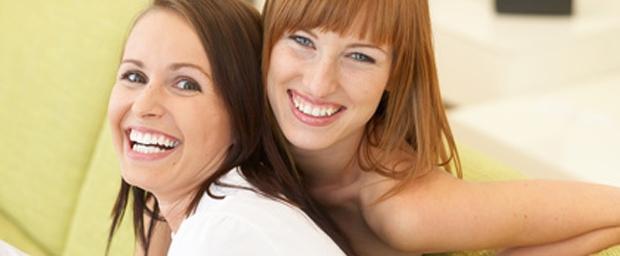Schönheitschirurgie von Frau zu Frau