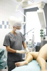 , Dr. med. Darius Alamouti, Privatpraxis in der Haranni-Clinic, Herne, Facharzt für Plastische und Ästhetische Chirurgie, Hautarzt (Facharzt für Dermatologie)