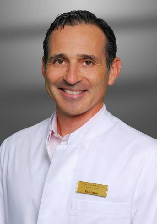 , Dr. med. Juan Maria Garcia, Plastische und Ästhetische Chirurgie, München, Facharzt für Plastische und Ästhetische Chirurgie
