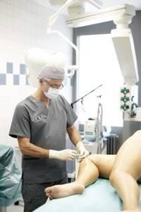 , Dr. med. Darius Alamouti, Privatpraxis in der Haranni-Clinic, Bochum, Facharzt für Plastische und Ästhetische Chirurgie, Hautarzt (Facharzt für Dermatologie)