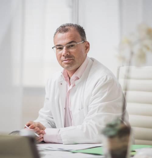 , Dr. med. Christoph Jethon, Plastische und Ästhetische Chirurgie, PraxisClinic Jadore, Darmstadt, Facharzt für Plastische und Ästhetische Chirurgie
